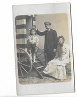 Carte Photo Couple Enfant  Photographe Le Bon Ostende - Photographs