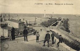 CETTE  Le Mole Avenue De La Corniche  Animée RV - Sete (Cette)