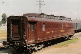 """76 - SOTTEVILLE LES ROUEN - Le Wagon """"Postes""""N° 196 - Sotteville Les Rouen"""
