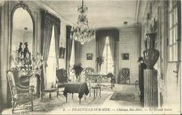 CPA De DEAUVILLE SUR MER - Château Bel-Abri - Le Grand Salon (Cauvin, Editeur). - Deauville
