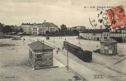 ALBI  Place Du Manège Le Theatre Et Le Tram RV - Albi