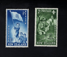 1348212563  1953 SCOTT B42 B43 (XX) POSTFRIS MINT NEVER HINGED POSTFRISCH EINWANDFREI  -  GIRL GUIDES AND BOY SCOUTS - Unused Stamps