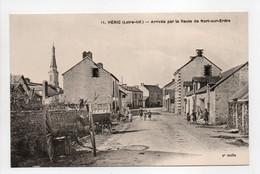 - CPA HÉRIC (44) - Arrivée Par La Route De Nort-sur-Erdre (avec Personnages) - Edition Chapeau N° 11 - - Other Municipalities