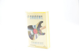 Music : Cassette : The Shadows ' String Of Hits ' - 1979 - Rock - Oleo