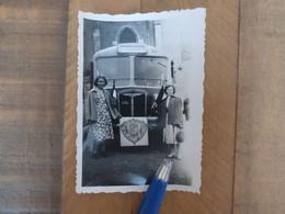45 TAVERS 1949 BUS DEVANT L'EGLISE - COLONIAUX DE LA REGION D'ORLEANS - PHOTOGRAPHIE AUTOBUS LOIRET - Other Municipalities