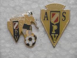Pin's Sports ASPV Football PORTO VECCHIO - Pin Badge Sport FOOT CORSE DU SUD 20 2A - LOT De 2 Pins Dont Un Pin's En EGF - Calcio