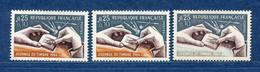 ⭐ France - Variété - YT N° 1477 - Couleurs - Pétouilles - Neuf Sans Charnière - 1966 ⭐ - Varieties: 1960-69 Mint/hinged