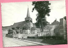 C.P. Saint-Hubert  = L'  Eglise  St  Gilles Et  Monument Aux  Morts - Saint-Hubert
