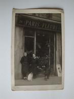 Carte Photo De Fleuristes Devant La Boutique Paris-Fleurs,Guérin - A Identificar