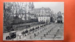CPA.(49) Cholet .Le Passage D'une Caravane D'Automobiles CITRÖEN.    (S.212) - Cholet