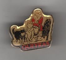 PINS QUEYRAS / COURSE DE CHIENS DE TRAINEAU - Sport Invernali