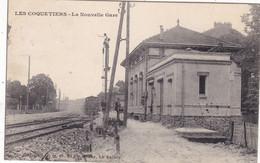 93. LES COQUETIERS. CPA.  LA NOUVELLE GARE. ARRIVEE DU TRAIN. ANNÉE 1919 + TEXTE - Other Municipalities