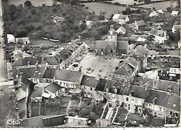 50 : Manche : Montbray : Vue Generale   Et L ' église . - Andere Gemeenten