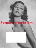Reproduction D'unePhotographie Ancienne D'un Portrait D'une Femme Nue En 1941 - Reproductions