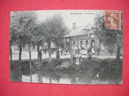 80 Morchain 1910 La Place TB Animée 356 Habitants En 1900 éditeur Collection Cadé Dos Scanné - Other Municipalities
