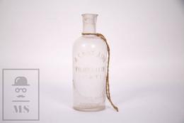 Extremely Rare Small Medicine ? Bottle - A Gros Ainé - Pierrelatte Drôme - San Vicente De Castellet Espagne - Other Bottles