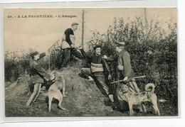 59 Douane T Douaniers  Et Chiens  Arrestation  A La Frontiere L'Attaque  1910-   No 29 Edit A.G Tourcoing  D13 2019 - Unclassified