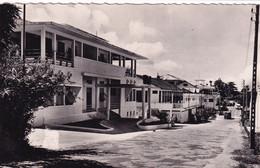 LIBREVILLE (Gabon)  Rue Victor Schœlcher (B.N.C.I.) - Gabon