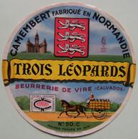Etiquette Camembert - Trois Léopards - Beurrerie De Vire Pour 50-C Normandie - Calvados   A Voir ! - Cheese