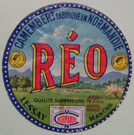 Etiquette Camembert - REO - Fromagerie De Lessay 50 Normandie - Manche    A Voir ! - Cheese