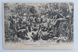 C. P. A. : Vanuatu : Nouvelles Hébrides : Enterrant Leurs Morts, Malakula, Burying Their Dead, Timbre En 1909 - Vanuatu
