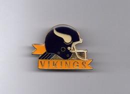 Pin's Football Américain / Logo Vikings Minnesota (époxy Signé 1988 NFL) Longueur: 3,6 Cm - Altri