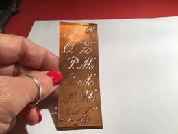 Pochoirs En Cuivre Abécédaire ABC Chiffre Et Pochoir Frise, Pour Broderie Brodeuse Pochoirs Chifre Monogramme - Fleurs - Altri