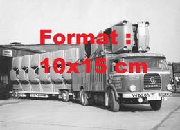 Reproduction Photographie Ancienne D'un Camion Krupp Transporautos Walons Bruxelles Transportant Des Carrosseries D'auto - Reproductions