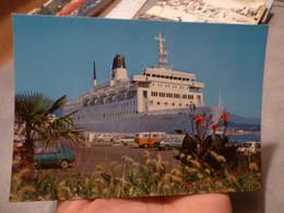 Le Cyrnos à Quai / Corse - Passagiersschepen