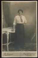 Carte Photo - Portrait D'une Jeune Femme C1912 - Florentine LACASSE - Photo L. Bodeau Huy - Voir Scans - Identifizierten Personen
