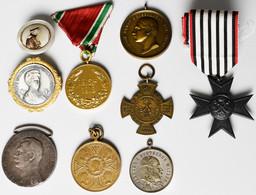 Orden & Ehrenzeichen: Lot 9 Diverse Ehrenzeichen / Orden / Medaillen, Dabei: Erinnerungskreuz 1866 K - Non Classés