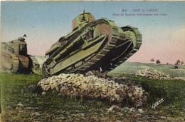 Camp Du Larzac Char De Combat Franchissant Une Ruine  Colorisée RV - La Cavalerie