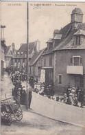 15 SAINT MAMET Procession Catholique , Enseigne Magasin Delcaire - Saint-Mamet-la-Salvetat