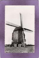 59 WORMHOUT Le Moulin Deschodt  Automobile Renault 4CV - Wormhout