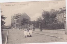 Vilvoorde - De Nieuwe Boulevard (Allecourt) (zwart-wit) (gelopen Kaart Zonder Zegel) - Vilvoorde