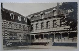 14 - DEAUVILLE (Calvados) - Maison-Mère Des Franciscains - Institution Saint-Joseph - Cour Intérieur - Deauville