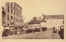 12 :  Laguiole :  Centre Du Pays Et Les Hotels    ///  Ref.   Sept.  21 /// N° 17.011 - Laguiole