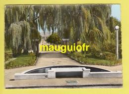 78 YVELINES / LES CLAYES-SOUS-BOIS / LES JARDINS DE LA MAIRIE / 1965 - Les Clayes Sous Bois