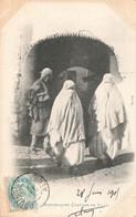 Algérie Mauresques En Costume De Ville Femme Scenes Et Types Cpa - Donne