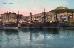 Napoli Naples Belle Vue Du Port Bateaux Cargos - Napoli (Naples)