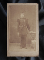 Photo CDV Tomasi à Orléans - Militaire, Soldat En Pied Du 76e D'infanterie, Circa 1880 L564A - Anciennes (Av. 1900)