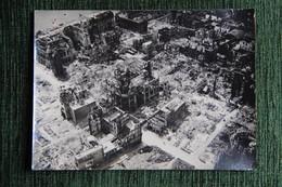 Superbe Photographie Originale D'un Quartier De La Ville De ROUEN Après Les Bombardements De 1940/1944 - Places
