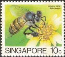 1985 10-cent Honey Bee, No Gum - Singapore (1959-...)