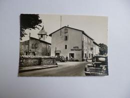 IZERNORE  -  01  - L'église Et L'hôtel Du Commerce      -  AIN - Autres Communes
