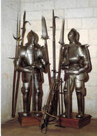 37 - Loches - Château - Armures Et Arbalète - Loches
