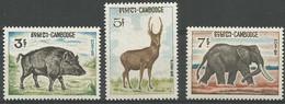 Cambodge 1967 184-86 ** Animaux Sanglier Cerf éléphant - Elefanti