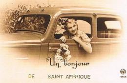 12  UN BONJOUR    DE  SAINT  AFFRIQUE   CPM  TBE   1047 - Saint Affrique