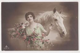 WOMAN AND HORSES ,POSTCARD - Horses