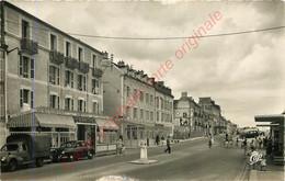 14.  LUC SUR MER .  Hôtel L'ERMITAGE Et La Rue Guynemer . - Luc Sur Mer