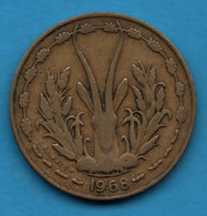 ETATS DE L'AFRIQUE DE L'OUEST 10 FRANCS 1968 KM# 1a Gazelle - Other - Africa